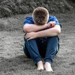 """Foto """"Junge schämt sich wegen Nachhilfe"""""""